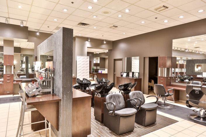 Hairstylist Oakview Mall