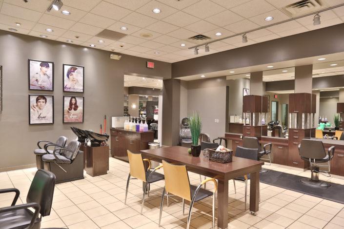 haircuts Oakview Mall