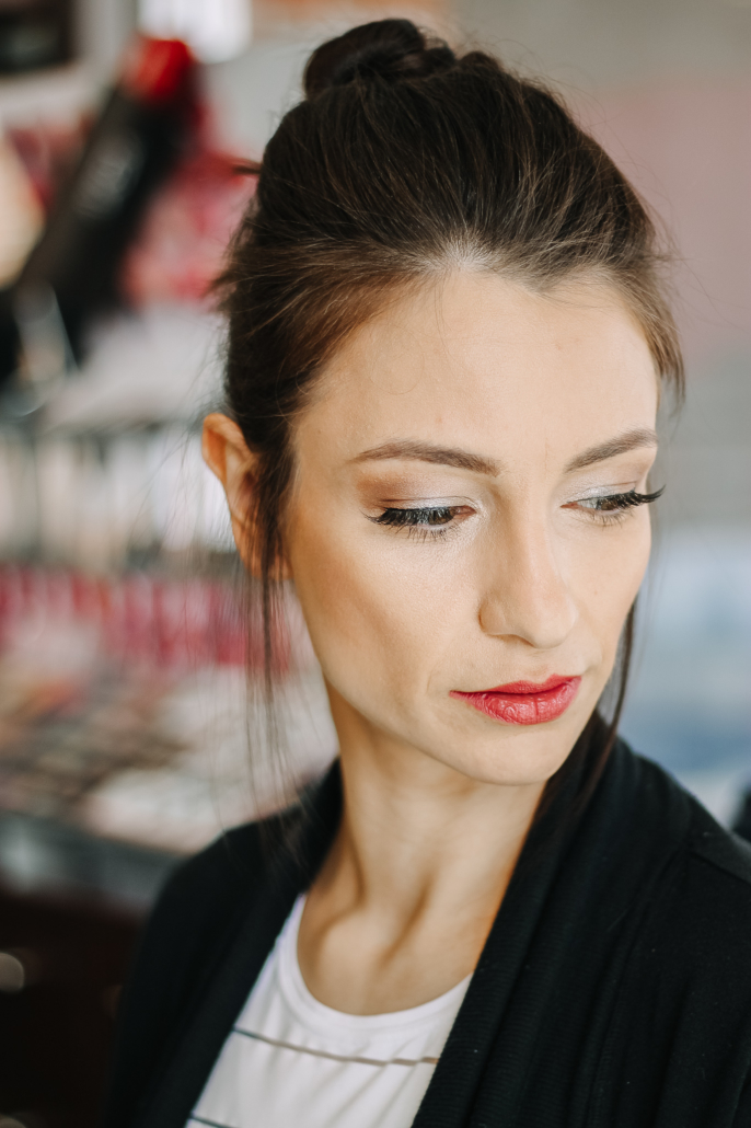 Barre Code and Garbo's Collab - Fitness Makeup - Light Smoky Eye