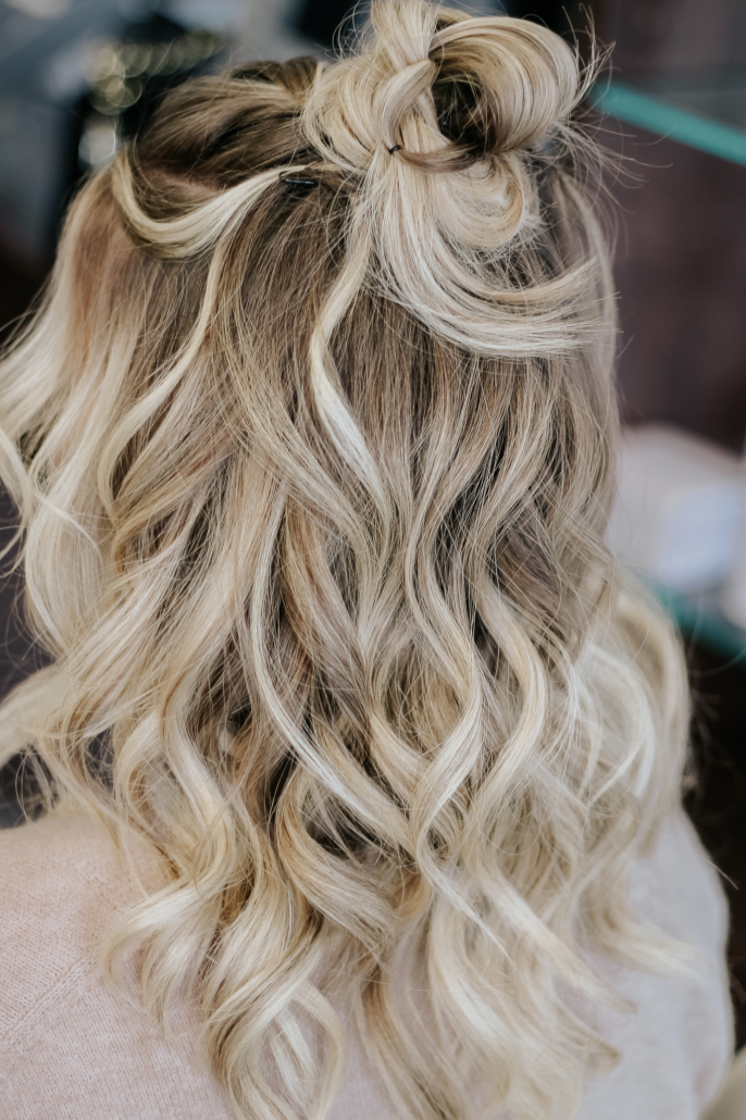 2019 Hair Trends - Beach Waves