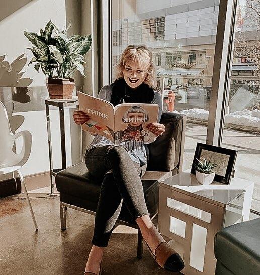 Omaha Hairstylist Kasey Holoubek Profile Photo
