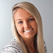 Naomi Nielsen - Omaha Hairstylist