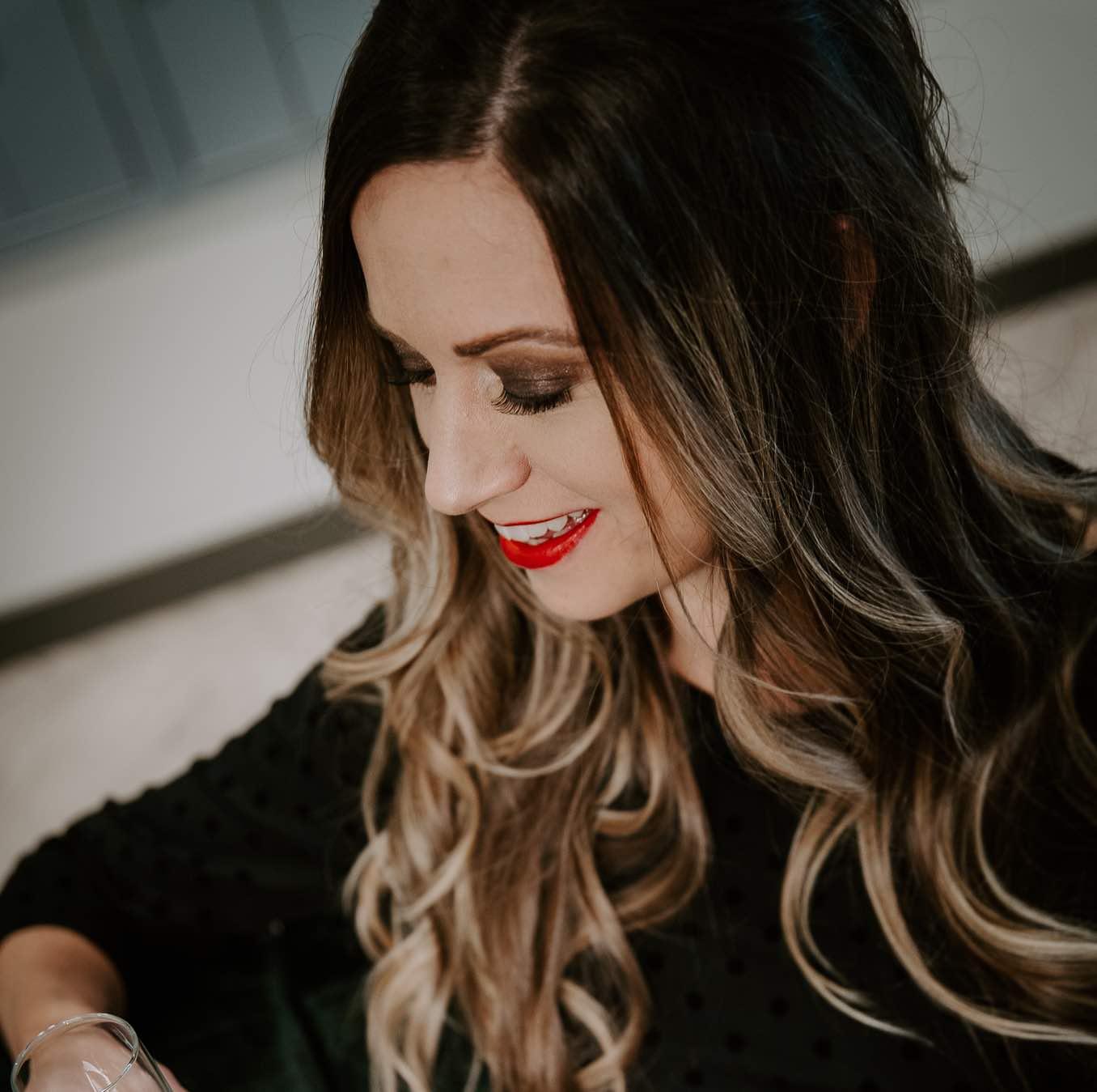 Suzanna Bovient Omaha Hairstylist